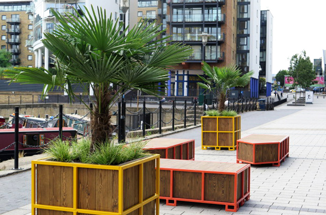 The Furniture And Planters Were Designed By The Decorators And Placed Along  The Canal Front Creating A Strong Identity For The Space And Locales For  Sitting ...